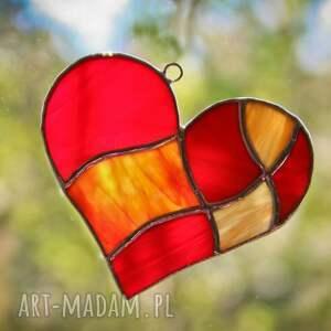 pomarańczowe witraże serce serduszko w sieci witraż