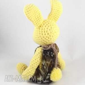 zabawki dziewczynka amelka - szydełkowa pani zajączkowa