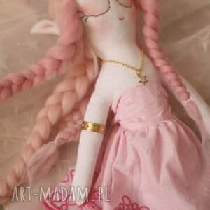 zabawki sukienki bajka z magiczną szafą - elfia