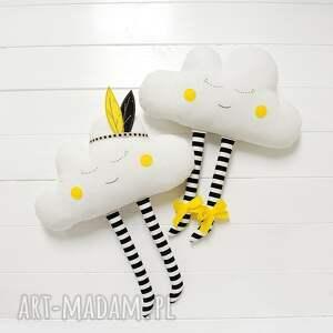 białe zabawki chmura chmurka z pióropuszem