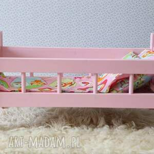 zabawki łóżeczko drewniane dla lalek