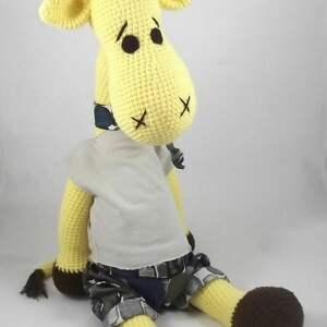 zabawki żyrafa duża szydełkowa