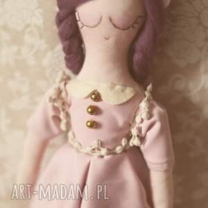 różowe zabawki fioletowa bajka - lalka dalia