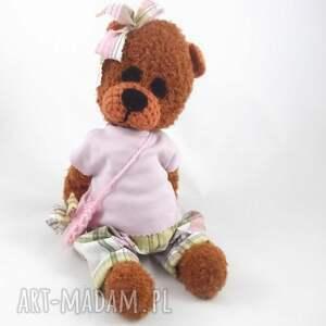 zabawki dla dziewczynki marcelina - szydełkowa misia