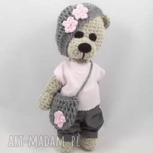 różowe zabawki miś julka
