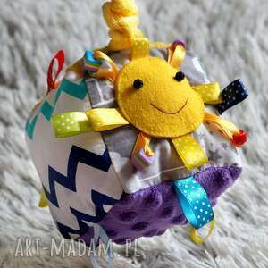 turkusowe zabawki sensoryczna kostka - piszczące