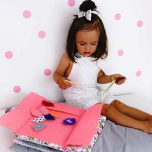 Ksiązeczka sensoryczna Quiet Book dla dziewczynki od 3 lat sensoryka