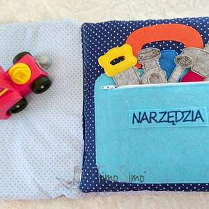quiet book zabawki książeczka sensoryczna