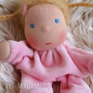 handmade zabawki lalka laleczka waldorfska w śpiworku
