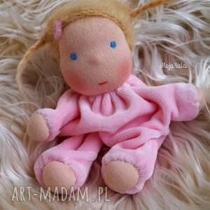 zabawki waldorfska laleczka w śpiworku