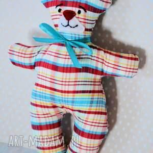 kolorowe zabawki dziecko mały miś kratek