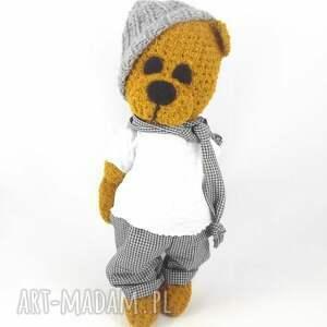 zabawki: marcel - szydełkowy miś, personalizacja - prezent