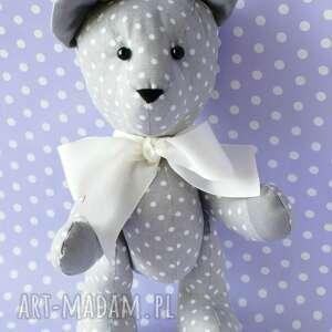 modne zabawki maskotka miś przytulanka szary w grochy