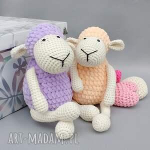 beżowe zabawki dziecko owieczka matylda