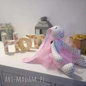 różowe zabawki chrzciny pamiątka chrztu świętego i