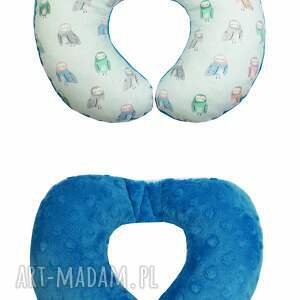 niebieskie zabawki sówka poduszka podróżna, wzór sowy