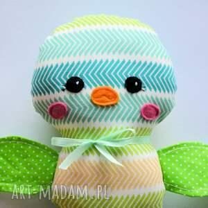 zielone zabawki dziecko ptaszek ćwirek wojtek