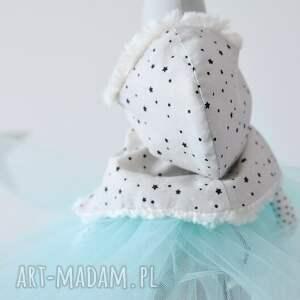 frapujące zabawki pelerynka sarenka baletnica zimowa
