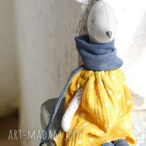 żółte zabawki sarenka gloria miodowa