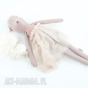 bambi zabawki sarenka w tiulowej sukience