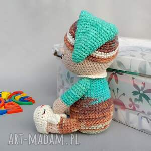niebanalne zabawki dziecko śpioch wojtek
