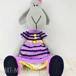 handmade zabawki szydełko szydełkowa przytulanka owieczka