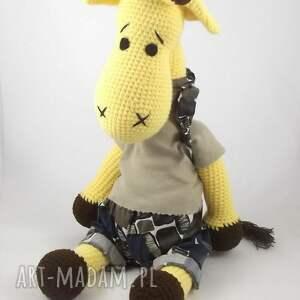 zabawki żyrafa szydełkowa