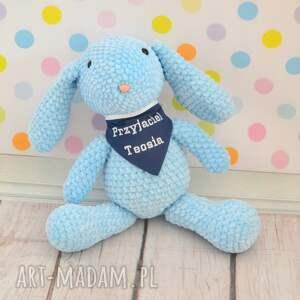 wyraziste zabawki królik szydełkowy błękitny króliczek