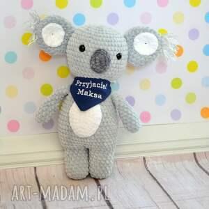 szare zabawki miś szydełkowy koala z dedykacją