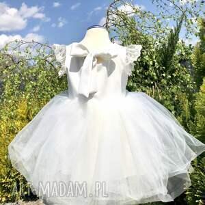 tiulowa zabawki białe sukienka ecru z koronka
