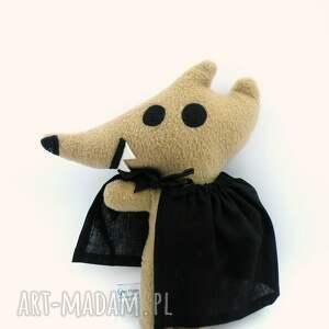 ręczne wykonanie zabawki przytulanka wilk antek