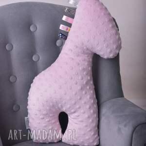 niepowtarzalne zabawki zabawka-sensoryczna zabawka sensoryczna żyrafa różowa