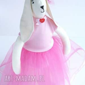 różowe zabawki tilda zając w tiulowej sukni