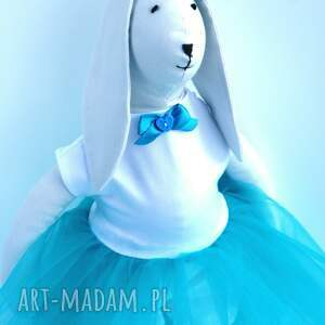 pomysły na prezenty na święta zając w tiulowej sukience