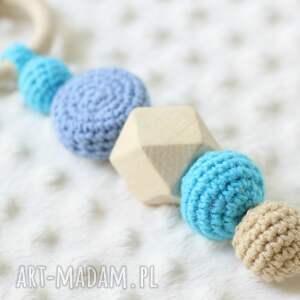 turkusowe zabawki grzechotka zestaw gryzak maskotka