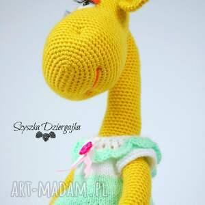 zielone zabawki maskotka żyrafa gusia szydełkowa przytulanka
