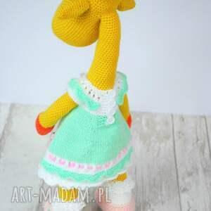 zabawki dziewczynka żyrafa gusia szydełkowa przytulanka