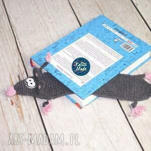 szare zakładki szczurek zaczytany - zakładka