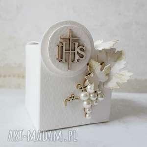białe zaproszenie podziękowania wyjątkowe i eleganckie pudełeczka