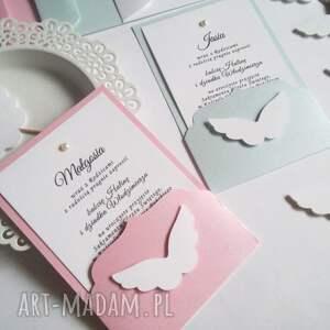 intrygujące zaproszenie delikatne skrzydlate zaproszenia na chrzest
