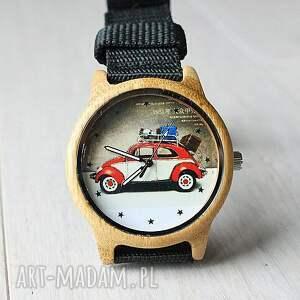 zegarek zegarki czarne drewniany garbus
