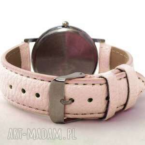 zegarek zegarki fioletowe flamingi - skórzany z dużą