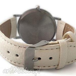 zegarek zegarki białe folkowe kwiaty - skórzany