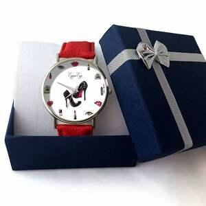 białe zegarki zegarek kobiecość - skórzany z dużą