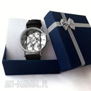 szare zegarki zegarek koronka - skórzany z dużą