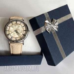 srebrne zegarki świata mapa - skórzany zegarek