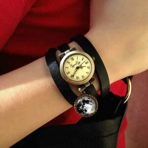 motyl zegarki w sepii - zegarek /