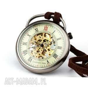 zegarek zegarki szare podróżnik w czasie
