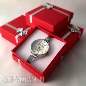 beżowe zegarki vintage so many books - zegarek z dużą
