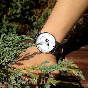 zegarki skórzany zakręcony kot - zegarek